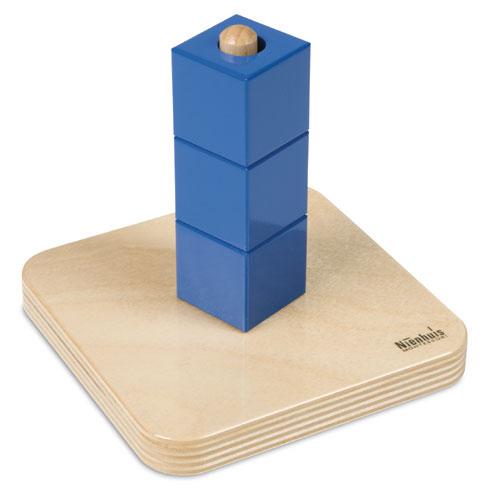 Infilare materiaal series v kubussen op een staande for Meubilair primair onderwijs